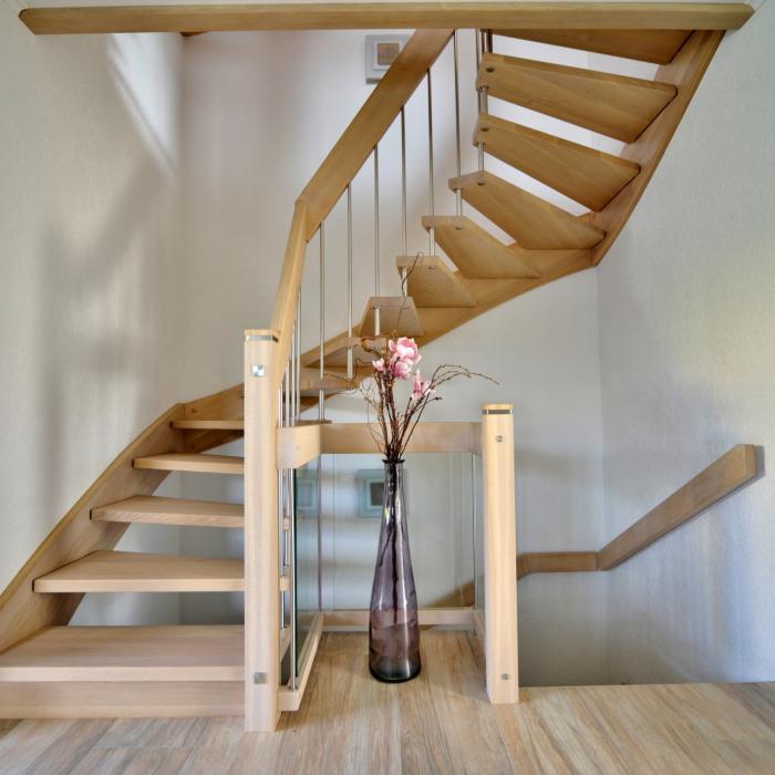freitragende Treppe 02