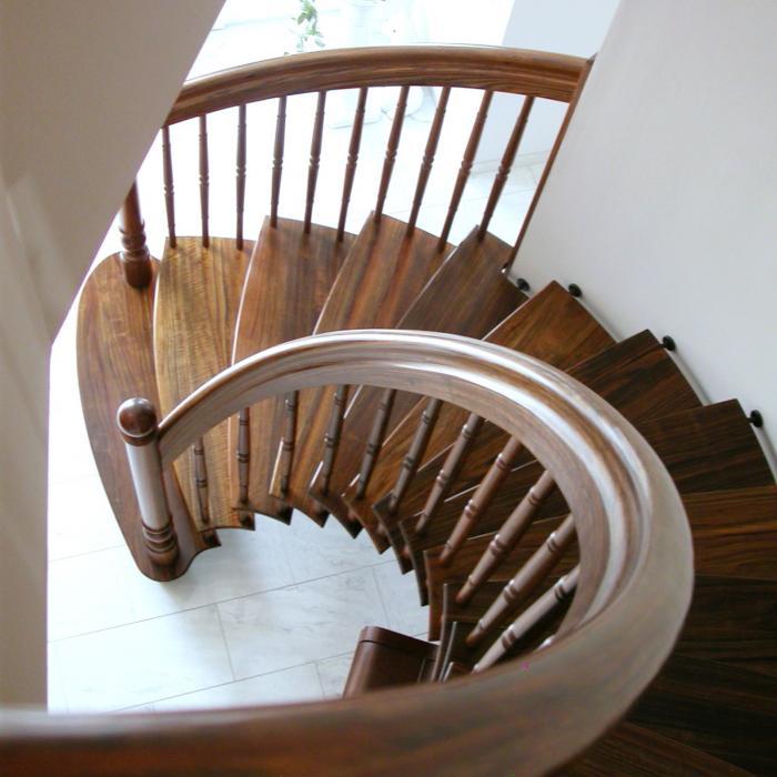 freitragende Treppe 03