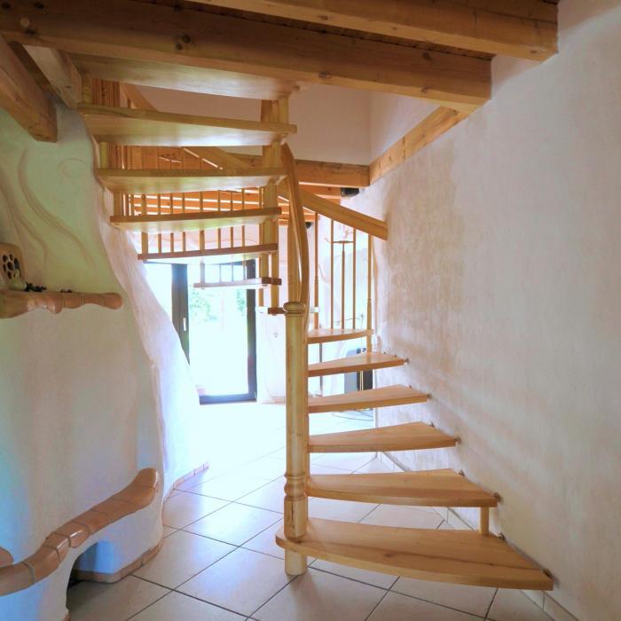 freitragende Treppe 10