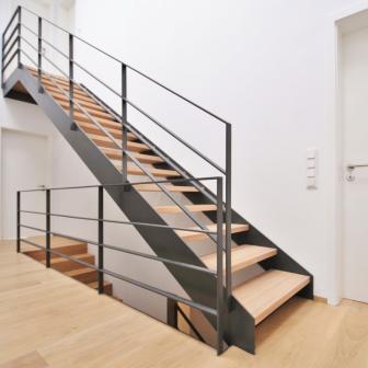 Stahltreppe 04